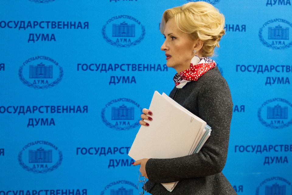 Суть законопроекта правительство поддерживает, но юридическая проработка предложенных законопроектов по тематике «групп смерти» не выдерживает критики, считает Павел Ивченков