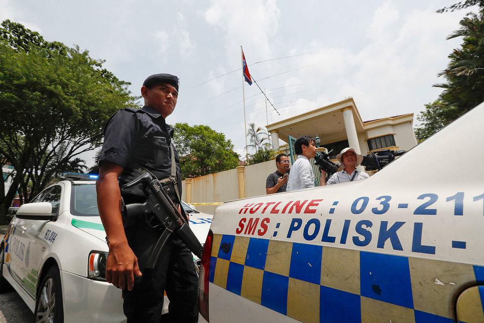 Посольство КНДР в Куала-Лумпуре оцеплено