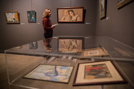 Женские портреты – лучшее на выставке