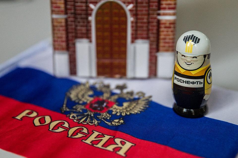 Вице-президент и руководитель службы безопасности «Роснефти» Олег Феоктистов вернулся «на военную службу»