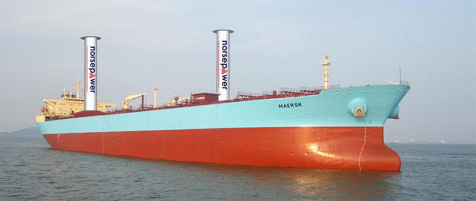 Иллюстрация танкера Maersk с двумя роторными парусами