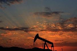 Саудовская Аравия сокращает поставки нефти в США и пытается закрепиться в Азии, но там идет жесткая борьба за рынок в том числе с Россией