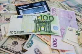 Рубль переукреплен на 10–12% от фундаментальных значений, заявил министр финансов Антон Силуанов