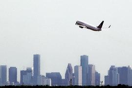 Хороший пример – инвестиции Теппера в акции компании американских авиаперевозчиков: с середины 2009 г. акции Continental, которые купила Appaloosa, подорожали более чем на 1000%
