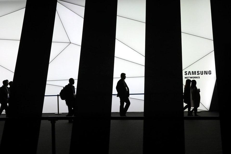В ноябре руководство Samsung Electronics сообщило о привлечении сторонних консультантов для оценки возможности превращения конгломерата в холдинг