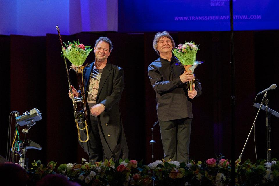 Дуэт тромбониста Элиаса Файнгерша (слева) и валторниста Аркадия Шилклопера стал украшением фестиваля