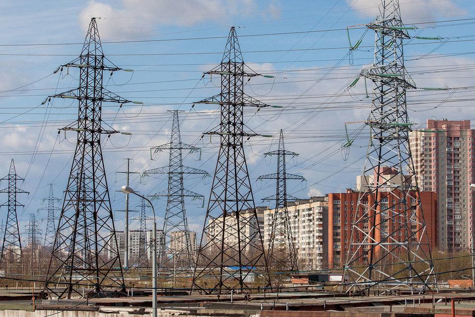 Плату за передачу электроэнергии «Россети» предлагают поделить