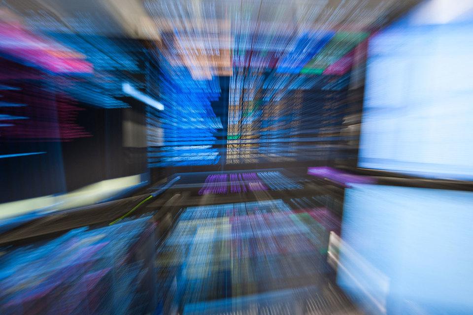 Брокеры БКС и «Открытия» торгуют ценными бумагами трех компаний из черного списка