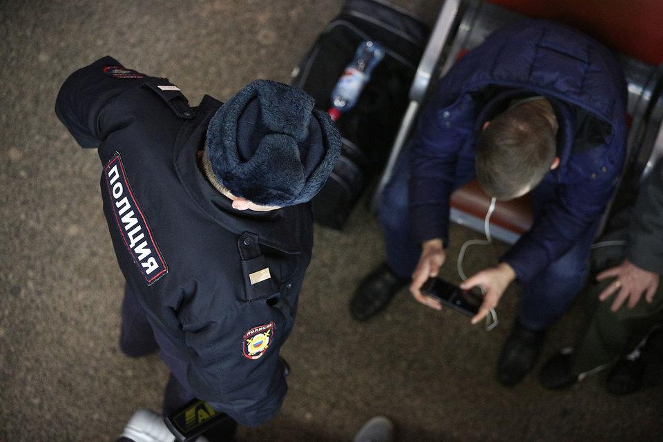 Восемь человек задержаны по подозрению в причастности к организации теракта в метрополитене Санкт-Петербурга