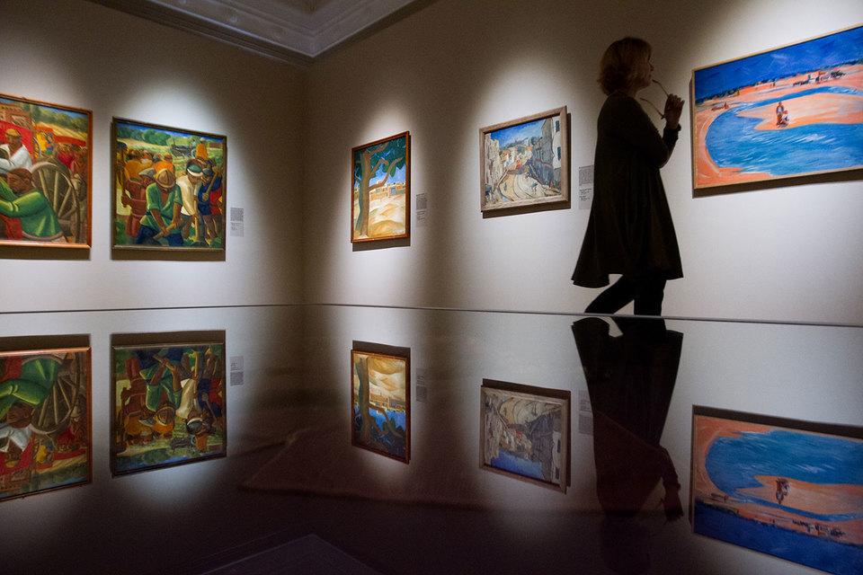 В собранных на выставке картинах русскую живопись наполняет южное солнце