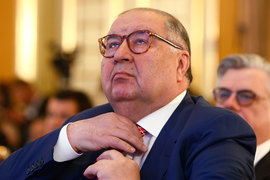 Усманов заявил, что ведет дела «прозрачно и законно» и тратит сотни миллионов долларов на благотворительность ежегодно