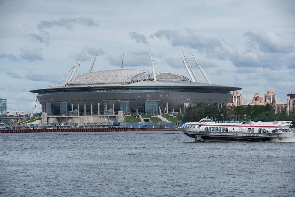 Строительство стадиона заняло почти 10 лет и обошлось в 43 млрд руб.
