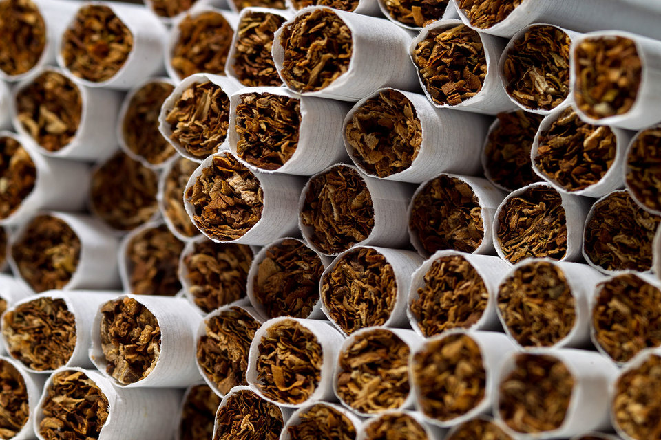 Производители сигарет попросили Минфин разъяснить, как делать запасы импортной продукции в конце года перед очередным повышением акцизов