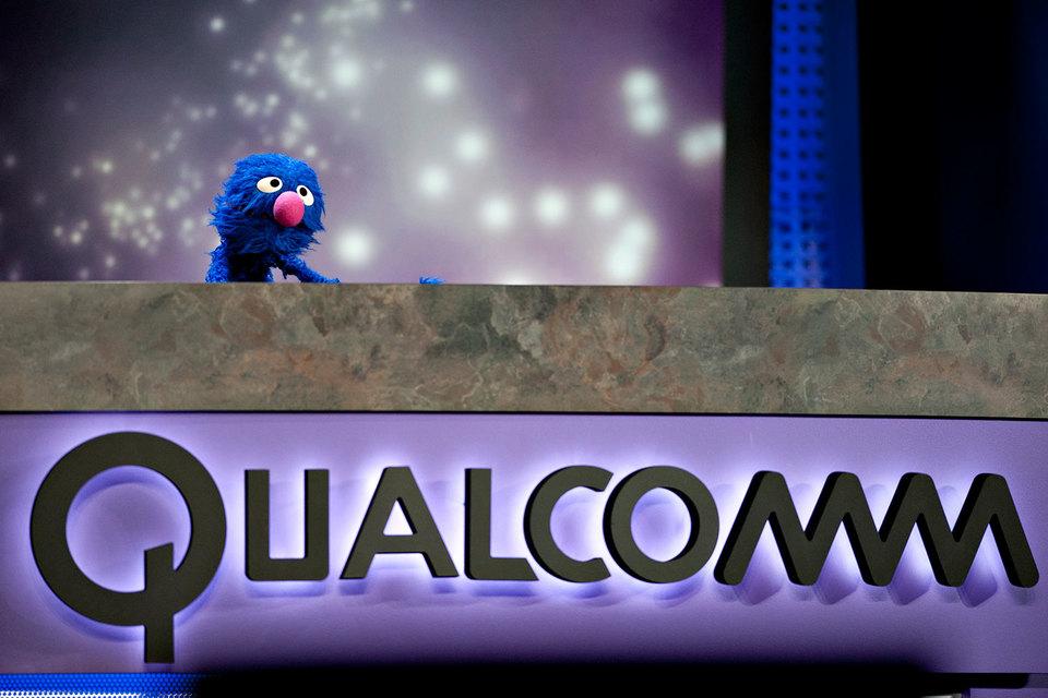 В заявлении Qualcomm сказано, что Apple пытается инициировать регуляторные санкции в отношении Qualcomm, «представляя искаженные факты и делая ложные утверждения»