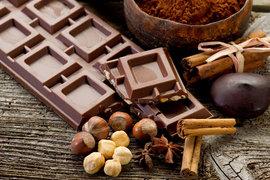 Крупные производители шоколада адаптируются к изменившимся предпочтениям потребителей, высоким ценам на сырье и спаду продаж