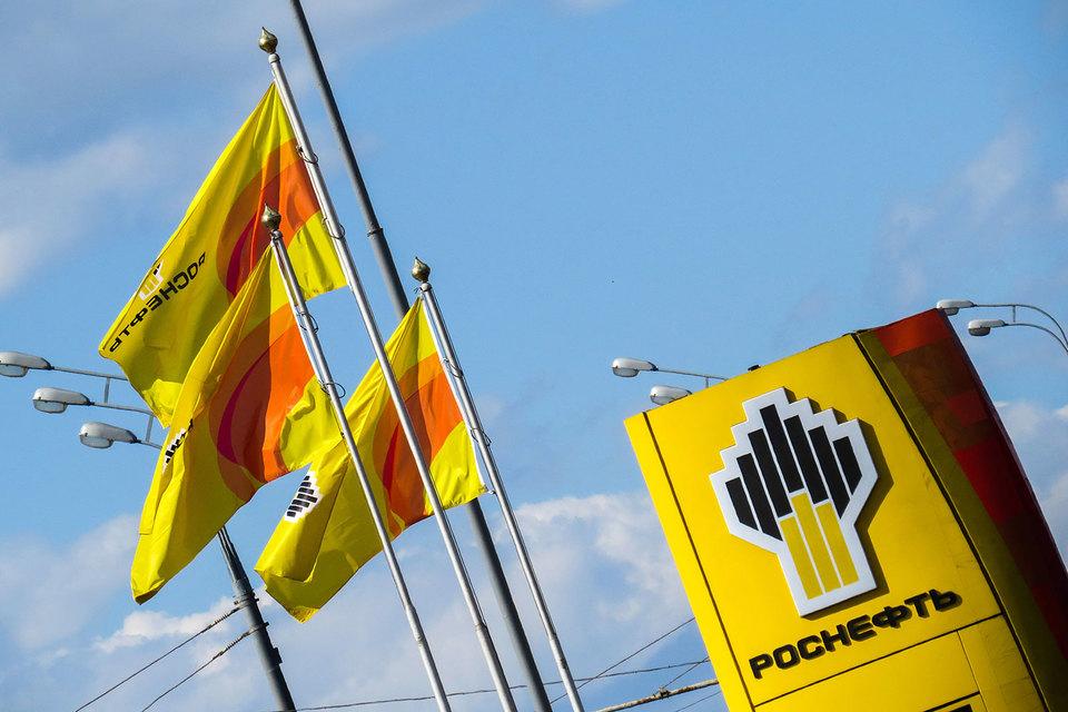 Автовладельцы Дальнего Востока недовольны бензином на заправках «Роснефти»
