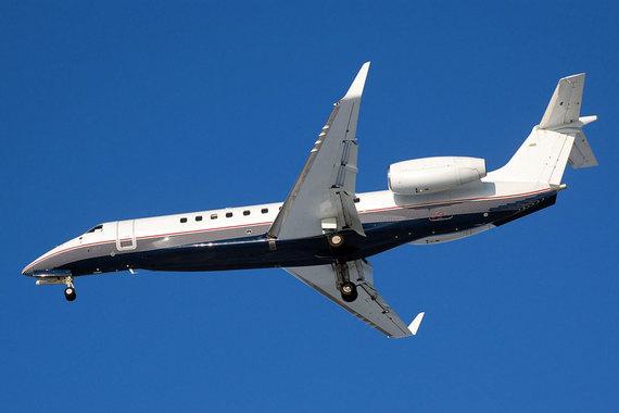 На дочку Valedel – компанию Orex aviation AVV, зарегистрированную на Арубе, в 2013 г. были зарегистрированы три бизнес-джета – Boeing 737-700 и два Embraer ERJ-135. Сейчас у компании остались только два Embraer. Шелков вместе с бенефициарами аэропорта «Внуково» хотел развивать проект в области бизнес-авиации, но помешал кризис