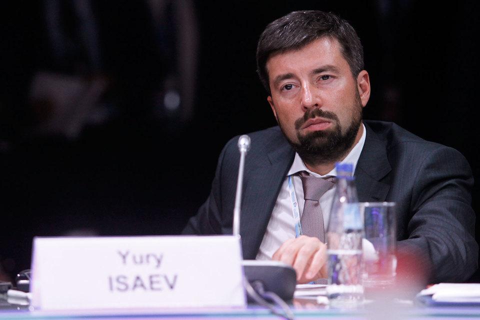 АСВ (на фото – гендиректор Юрий Исаев) получит гарантированную отсрочку по кредитам