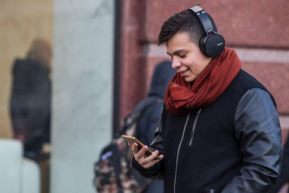 Россияне все охотнее покупают фаблеты – смартфоны с широкими  экранами