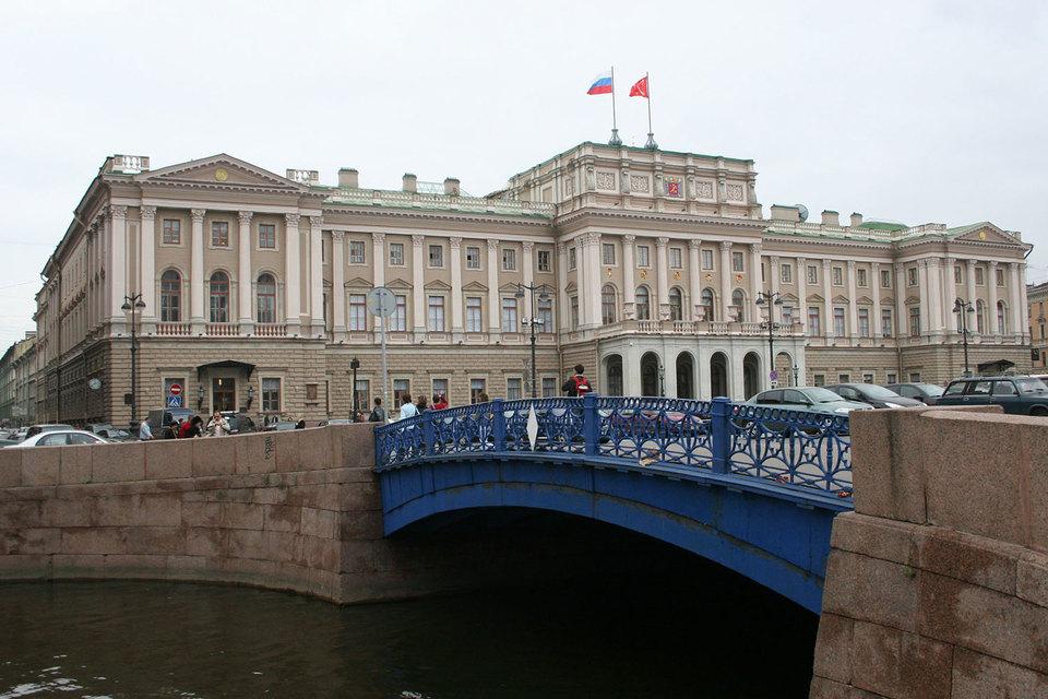 Избранные в сентябре 2016 г. депутаты Законодательного собрания шестого созыва впервые опубликовали свои декларации о доходах