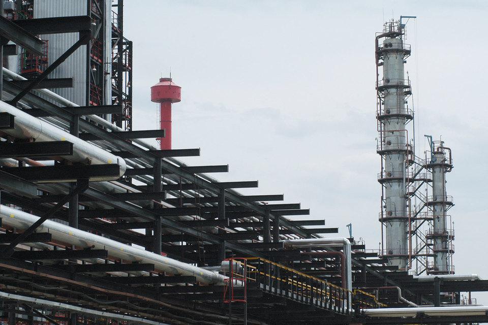 «Роснефть» предложила ввести отрицательный акциз для поддержки нефтепереработки
