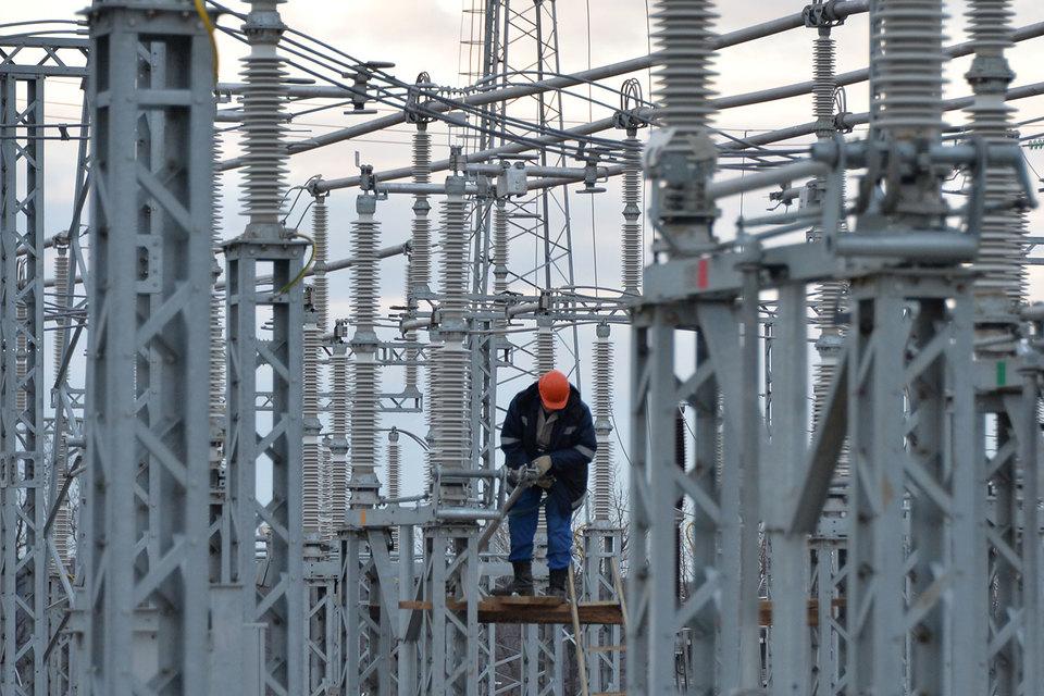 Минэнерго хочет привлечь инвесторов к строительству энергоблоков на Тамани повышенной доходностью – до 20% годовых. Но энергетиков могут не устроить сжатые сроки строительства