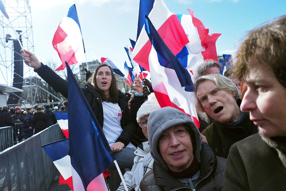 Результат первого тура выборов президента Франции непредсказуем