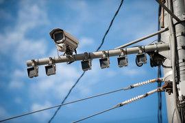 «Умные» видеокамеры ищут нарушителей и покупателей