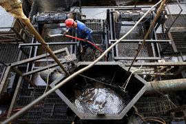 ОПЕК хочет продлить до конца года пакт о сокращении добычи нефти
