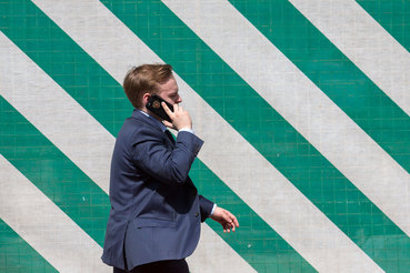 Россияне не стали меньше говорить по мобильным телефонам
