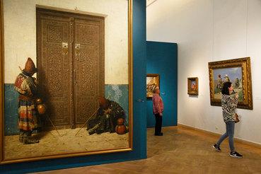 «У дверей мечети» – одна из самых известных картин Верещагина