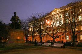 Работы в главном здании консерватории должны завершиться в этом году