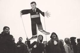 Премьер и правительство при Путине традиционно играют роль громоотвода общественного недовольства