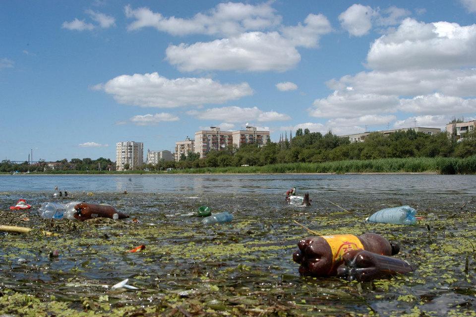 Неспособность остановить загрязнение Волги заставила Минприроды обратиться к опыту 90-х