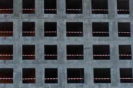 Московские власти уверяют, что спад в строительной отрасли временный и кризисный, все готово для быстрого роста