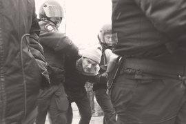 Всплеск волны низового насилия против гражданских активистов актуализирует вопрос о сохранении государством монополии на насилие