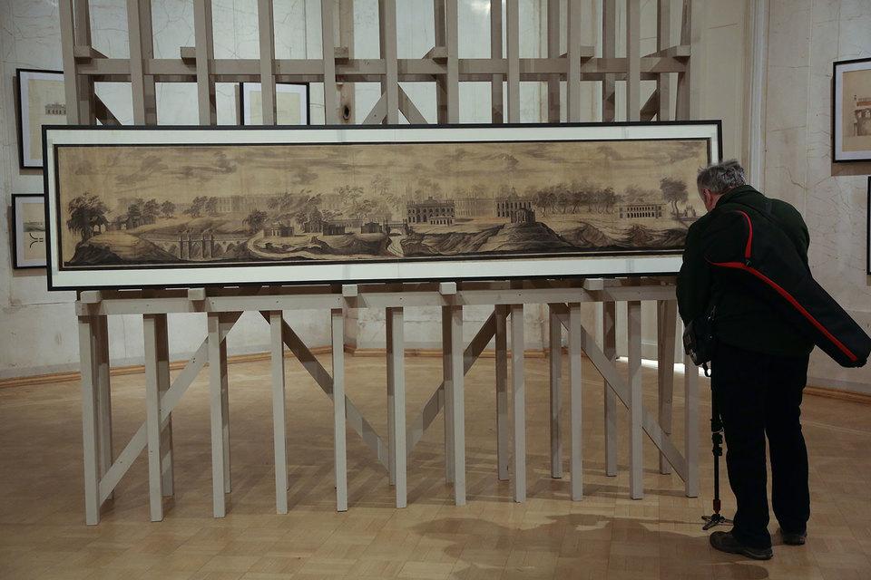 «Панораму ансамбля Царицыно» Баженова можно долго рассматривать