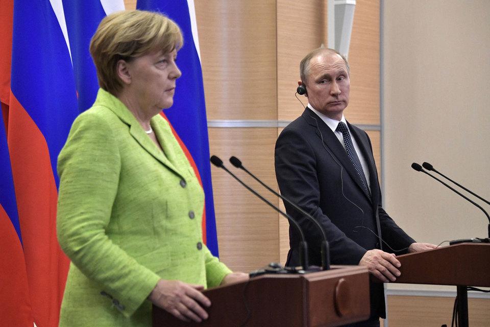 Конфликты на Украине и в Сирии стали центральными темами на встрече Ангелы Меркель и Владимира Путина