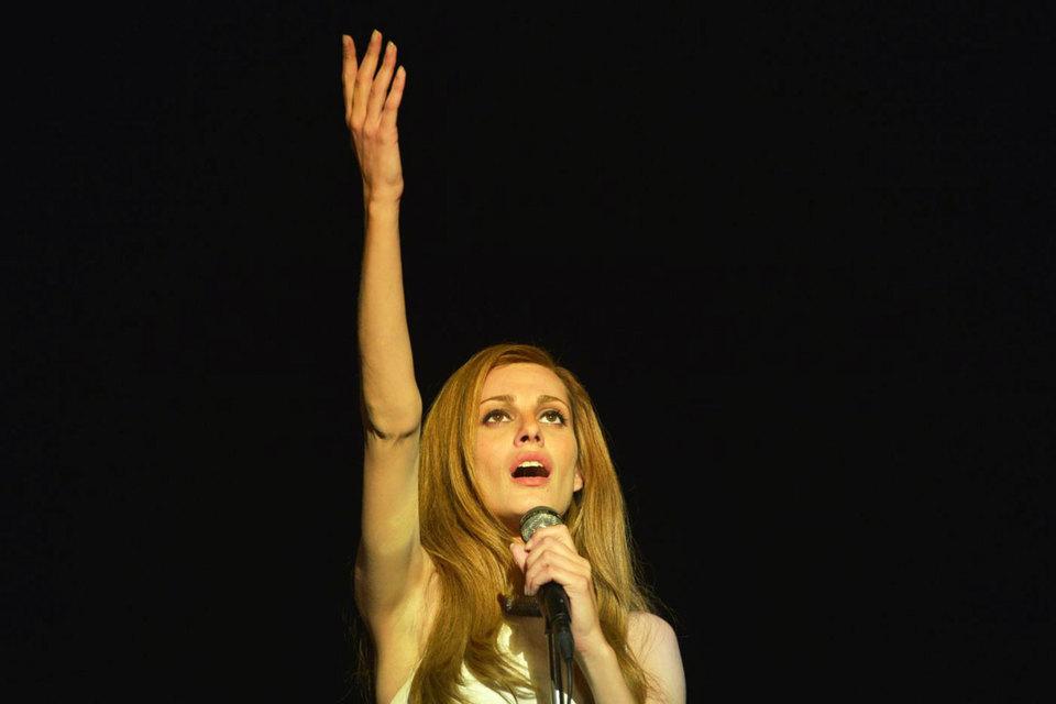 Актриса Свева Альвити была выбрана на роль звезды из 250 кандидаток
