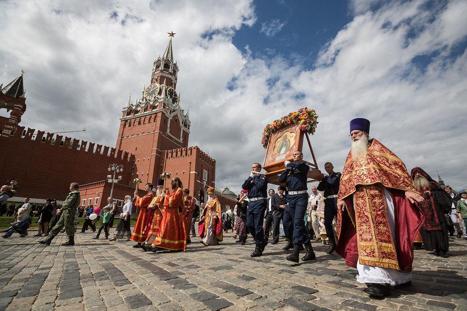 Россию видят буфером между православными странами и Западом, выяснили социологи