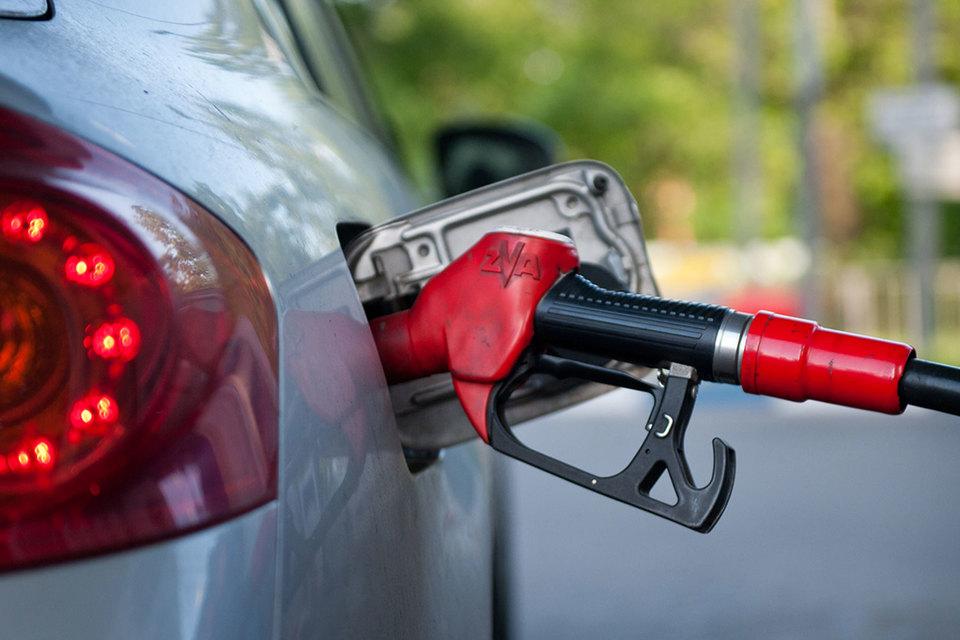 Бензин дорожает быстрее инфляции