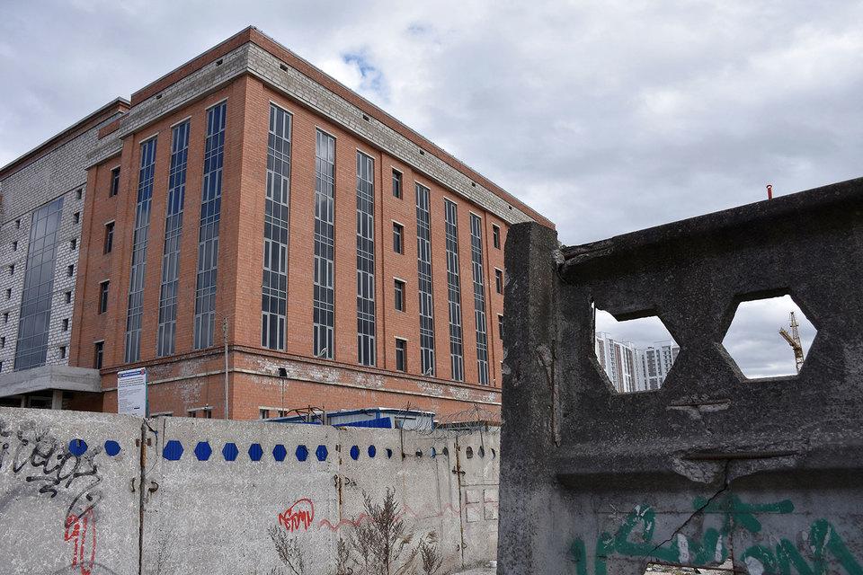 Достраивать здание Московского районного суда будет «Союзстрой»