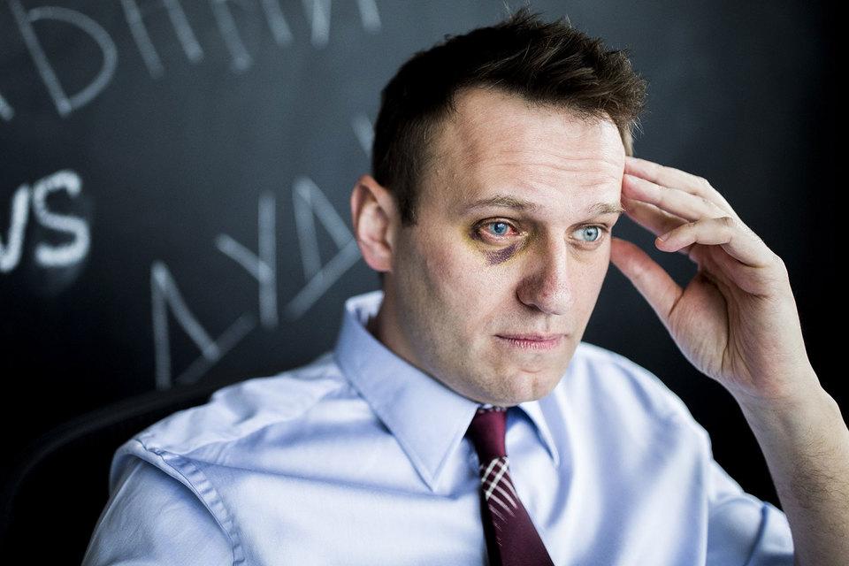 Навальный написал письмо советнику президента, председателю Совета по правам человека Михаилу Федотову, что ему нужен загранпаспорт, который ему не выдают пять лет