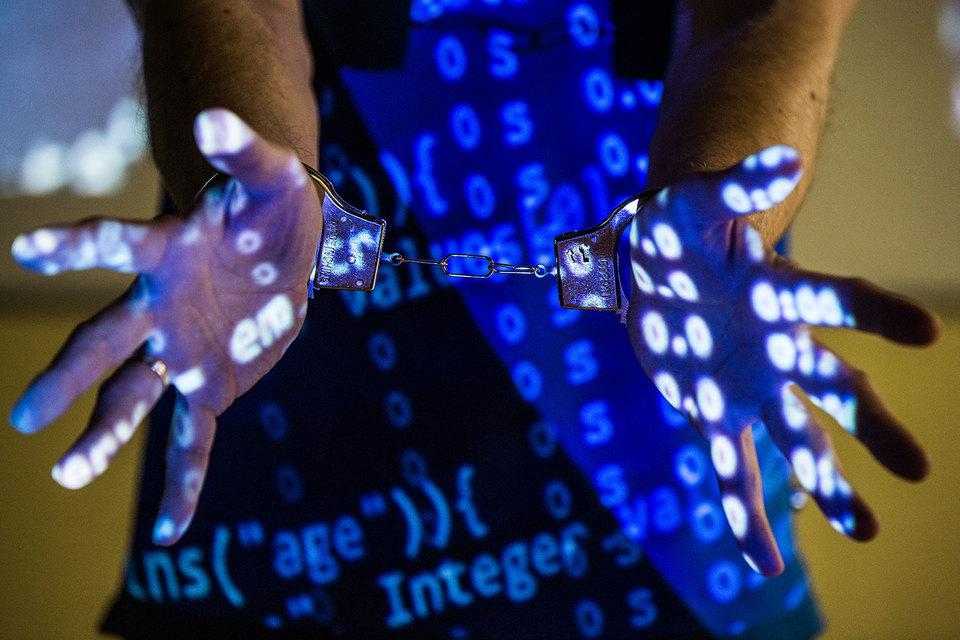 Российские чиновники защищают конфиденциальность пользователей в сети, но против их анонимности