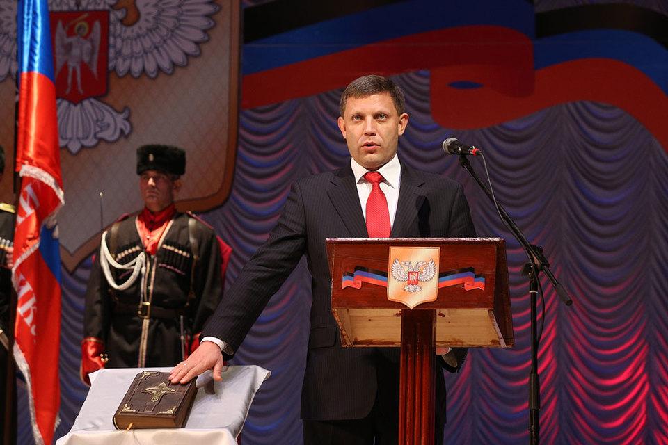 Сурков сыграл ключевую роль в назначении Александра Захарченко лидером самопровозглашенной Донецкой народной республики, говорят источники Reuters