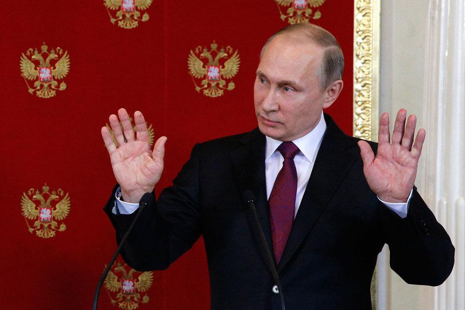 Структурные реформы могут ослабить контроль Владимира Путина за страной, поэтому их не будет до выборов 2018 г., считают в разведке США