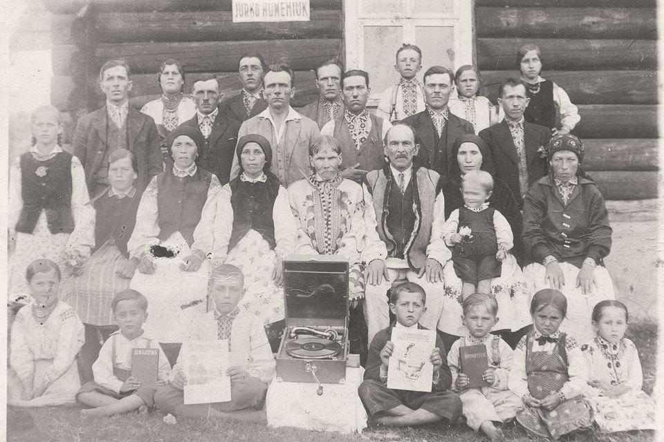 На территории СССР «Свидетели» появились в 1920-х гг., в западных областях Украины и Белоруссии