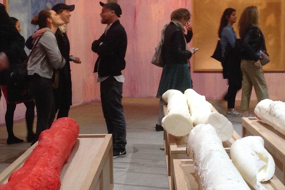 Основной проект – выставка о живом искусстве
