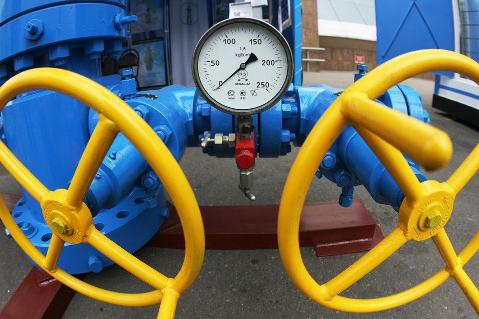 ОПЕК пока не удается добиться, чтобы коммерческие запасы нефти вернулись к среднему значению за последние пять лет