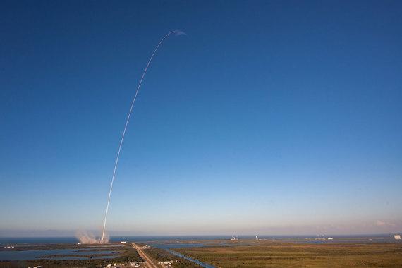 SpaceX через 32 минуты после запуска сообщила, что спутник успешно выведен на орбиту